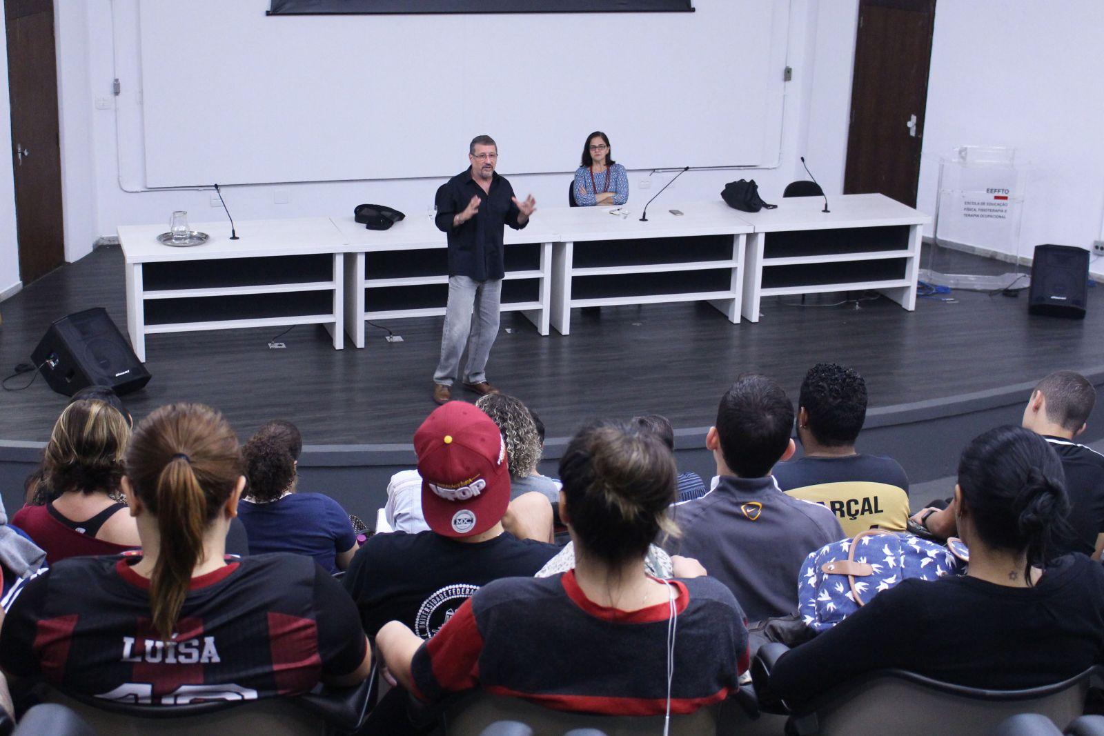 Eeffto Recebe Lino Castelanni Para Debate Sobre Reforma